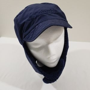 COLUMBIA NAVY BLUE WINTER HAT WITH NECK STRAP